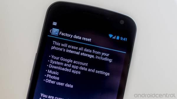 Photo of Come effettuare un Hard Reset su HTC One