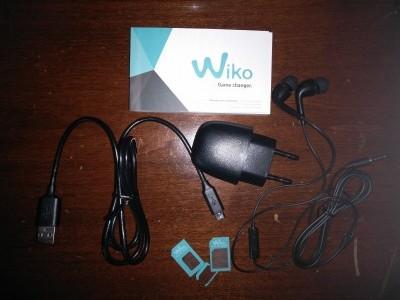 Recensione Wiko Fever 4G - contenuto confezione