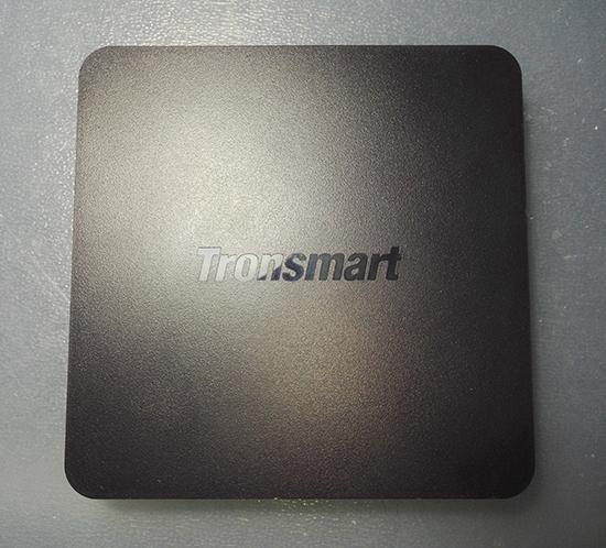 Design Tronsmart Vega S95