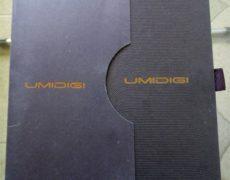 Confezione UMIDIGI Z1 pro