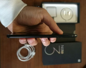 Xiaomi Mi Note 3 profilo laterale