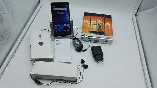 Recensione Nokia 6.1 - contenuto della confezione