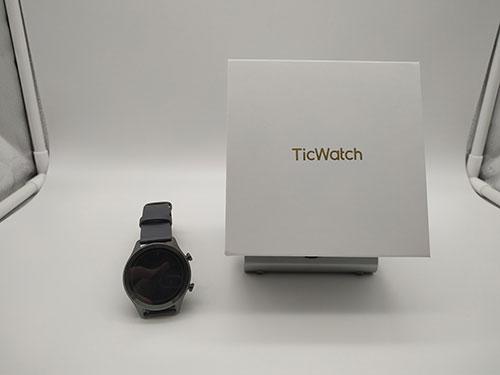 Recensione TicWatch C2 - design dell'orologio